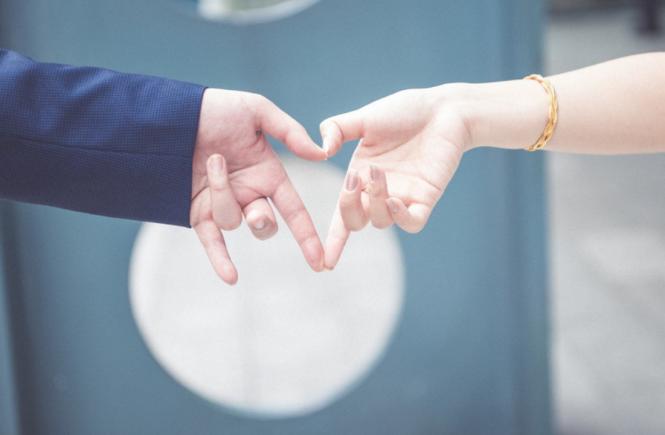 Yêu xa: Tình yêu, niềm tin và hy vọng